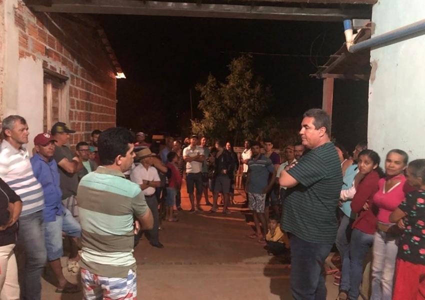 Vereador Cidão Aracatu participa de reunião com a Comunidade de Arrecife em Livramento