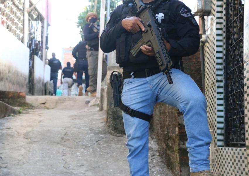 Miliciano envolvido na morte de contraventor do RJ é preso na BA