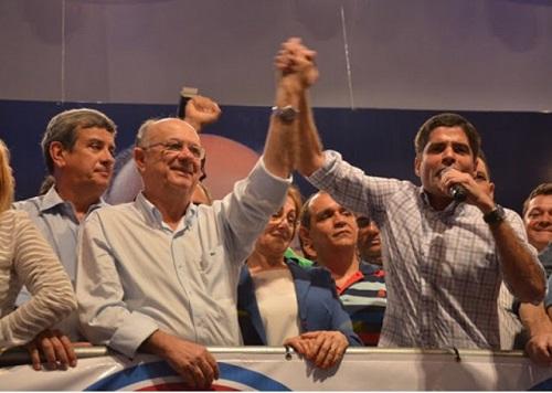 Prefeito de Feira de Santana renuncia cargo e vai ser candidato ao Governo do Estado