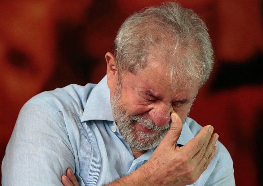 Planalto aposta em prisão domiciliar de Lula; Congresso fala em acordão com TSE