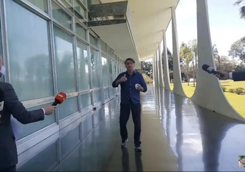 Deputado promete acionar MPF contra Bolsonaro por expor jornalistas a vírus