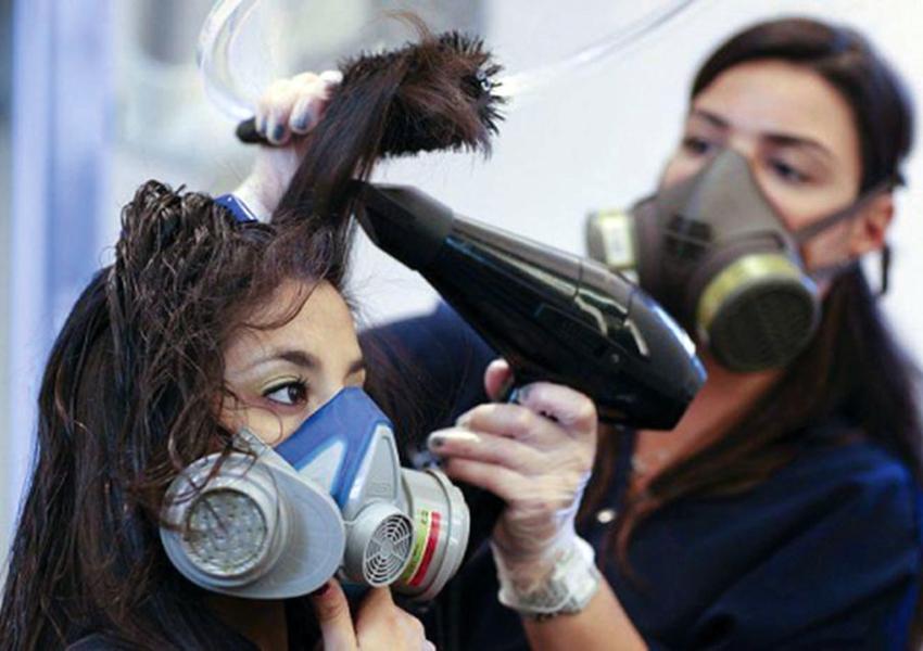 Substância cancerígena é encontrada em alisantes de cabelo