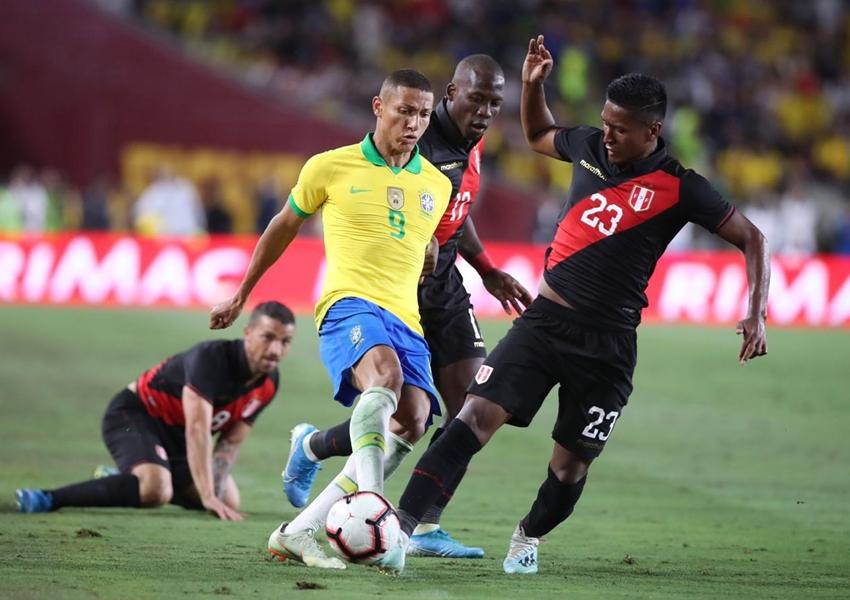 Brasil perde para o Peru e encerra amistosos nos EUA sem vitória