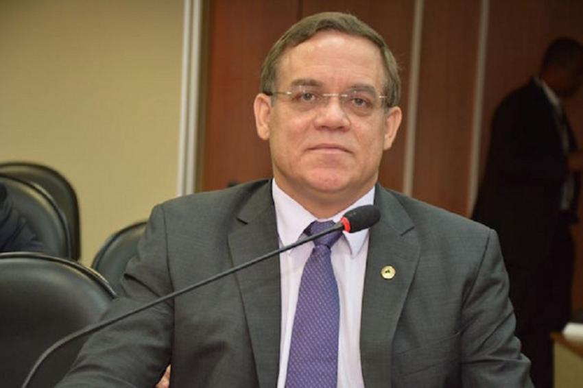 Luciano Ribeiro volta a receber reconhecimentos dos servidores da ALBA pelo apoio na aprovação Plano de Cargos, Carreiras e Salários