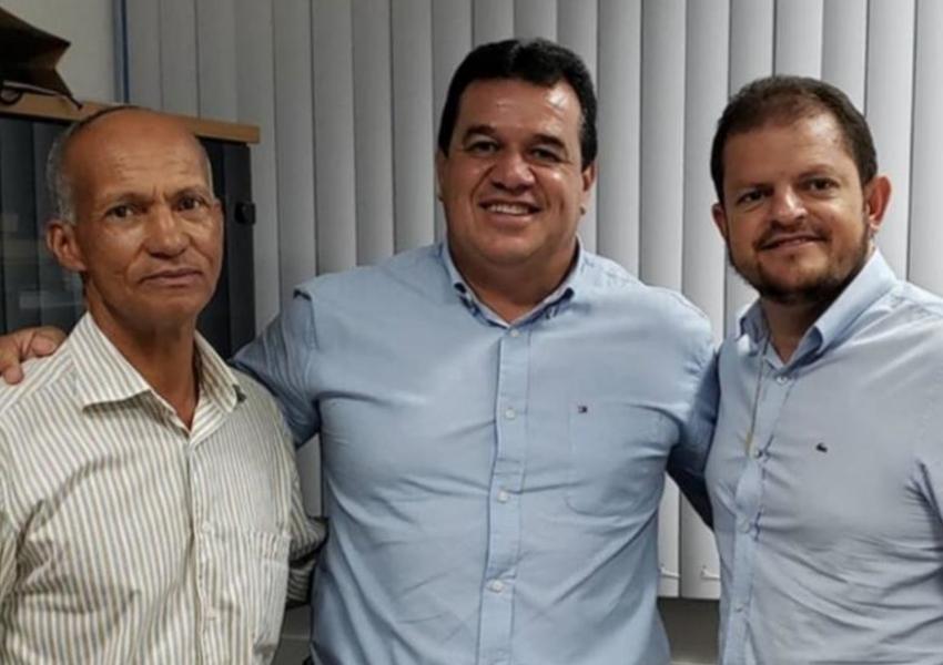 Deputado Marquinho Viana recebe autoridades de Belo Campo e Ibicoara