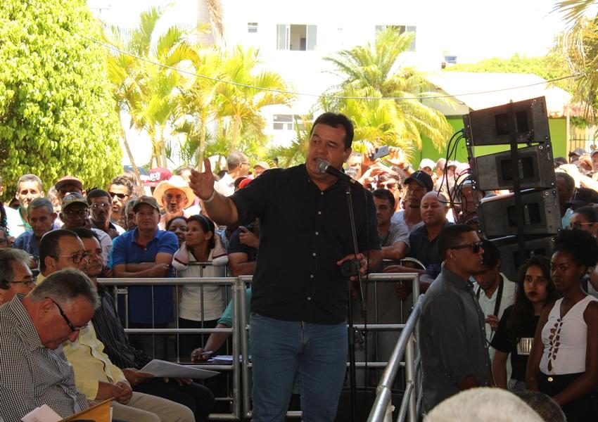 Deputado Marquinho Viana acompanha Governador Rui Costa em entrega de obras em Paramirim