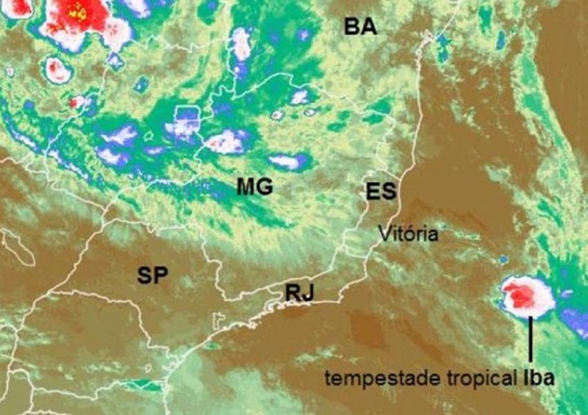 Tempestade tropical enfraquece nesta quarta e se afasta cada vez mais