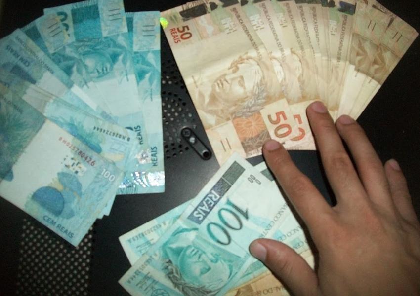Prazo para sacar abono salarial de 2016 termina nesta sexta