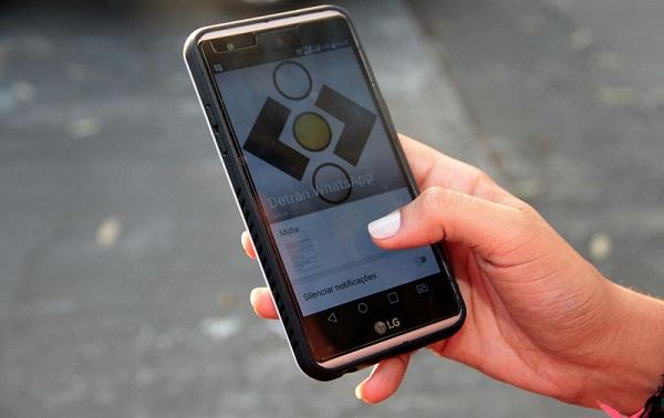 Novo golpe do WhatsApp oferece facilidade para liberar carros removidos em blitze