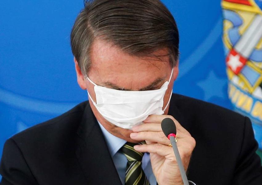 Após pedido de Bolsonaro, Ministério da Saúde avalia desobrigar uso da máscara