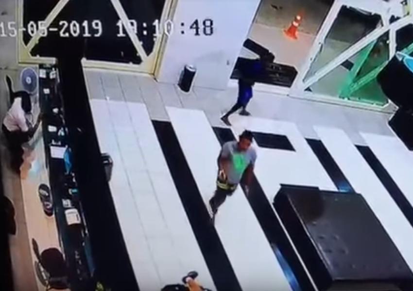 Adolescente de 15 anos é apreendido suspeito de participar de assalto que baleou gerente da Real Calçados de Livramento