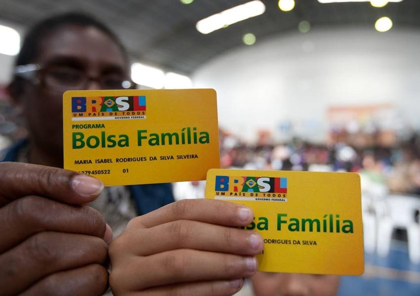 Mais de 220 mil benefícios do Bolsa Família são cancelados ou bloqueados na Bahia