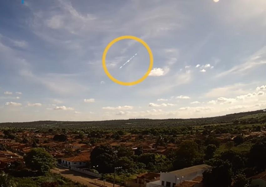 Moradores da Bahia relatam barulho no céu e pesquisadores dizem que foi passagem de meteoro