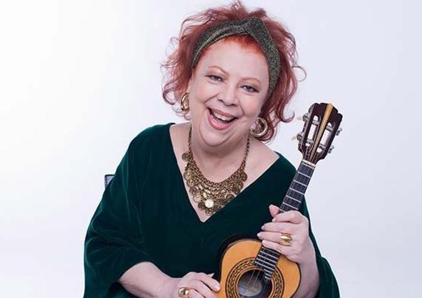 Luto no samba: Morre a cantora Beth Carvalho aos 72 anos