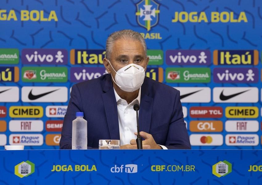 Tite anuncia convocação para Eliminatórias e volta a chamar Gabigol e Daniel Alves