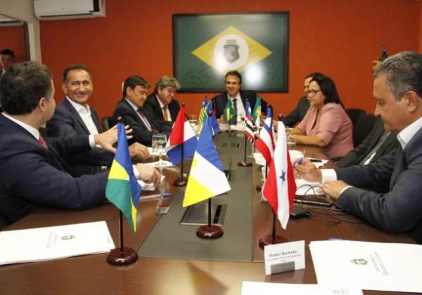 Em reunião com governadores, Rui defende divisão de recursos do pré-sal