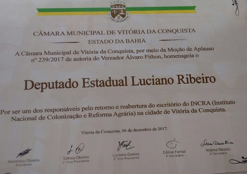 Câmara de Vereadores de Vitória da Conquista presta homenagens ao deputado Luciano Ribeiro