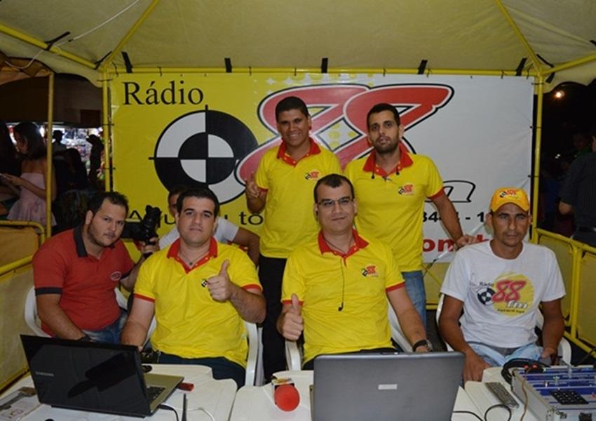 Rádio 88 FM irá transmitir as novenas em louvor ao Bom Jesus do Taquari