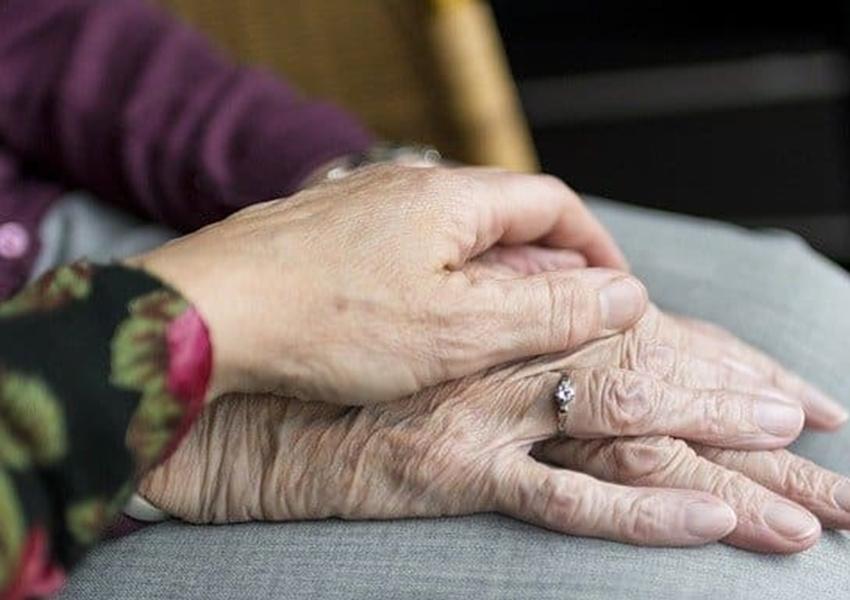 Senado aprova projeto que facilita denúncias de maus-tratos contra idosos