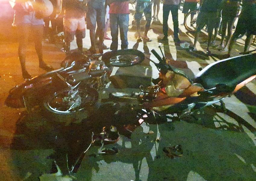 Colisão entre duas motos foi registrada na noite de domingo (02) em Livramento