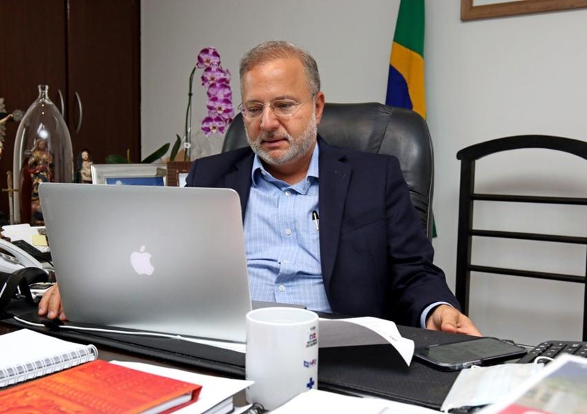 Secretário da Saúde da Bahia é empossado como representante do Conass na Anvisa