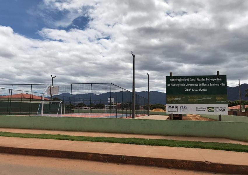 Livramento: Construção do Centro Esportivo do Bairro Taquari entra em fase de acabamento