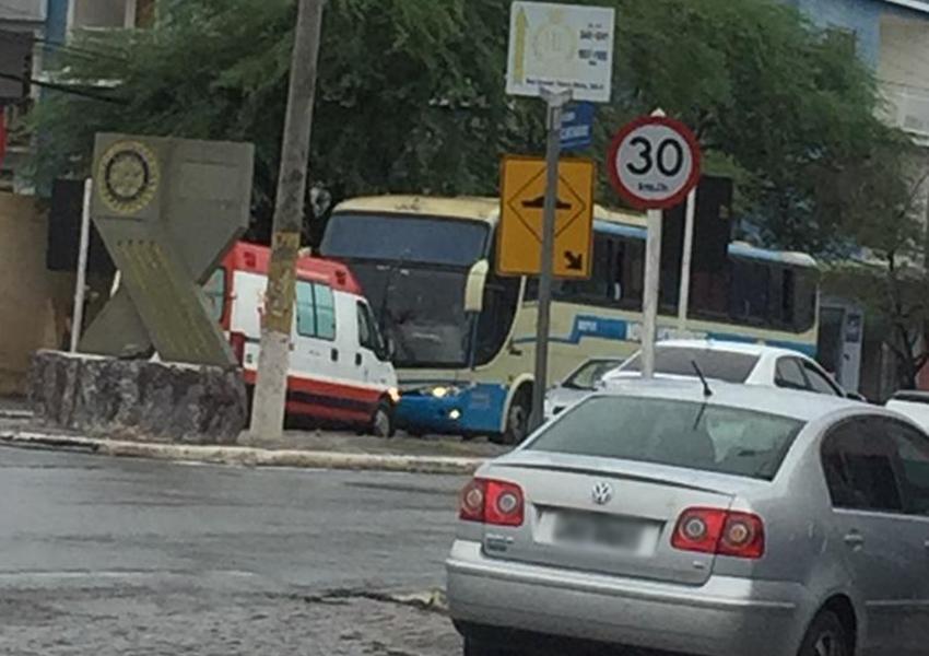 Homem morre dentro de ônibus da Novo Horizonte em Brumado; ele seguia para Caetité