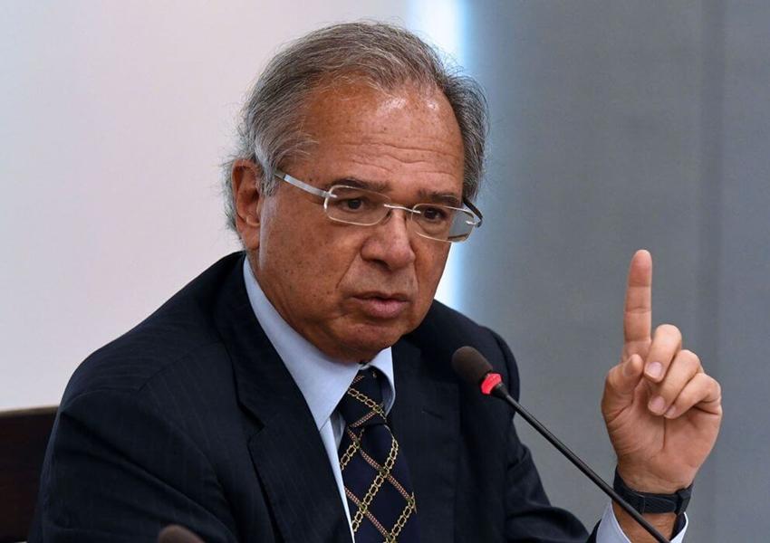 Guedes confirma que governo vai prorrogar auxílio emergencial por mais três meses