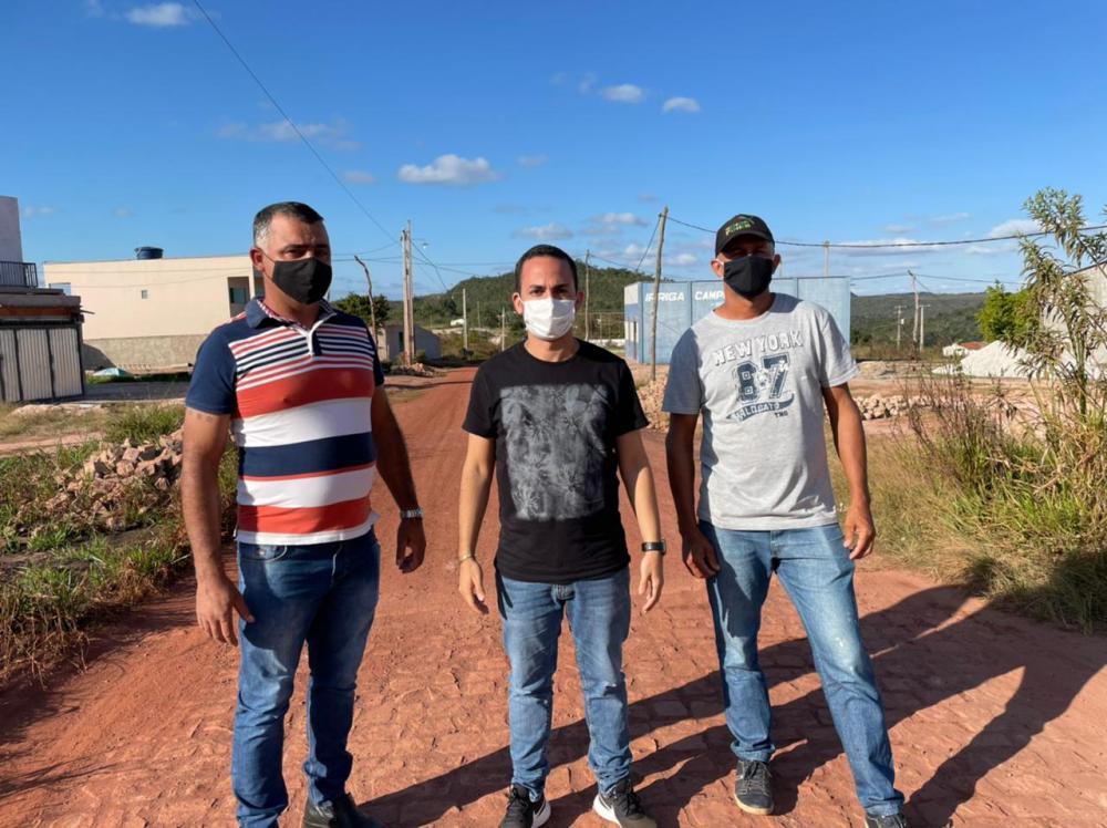 Phellipe Brito cumpre extensa agenda de compromissos em Ituaçu