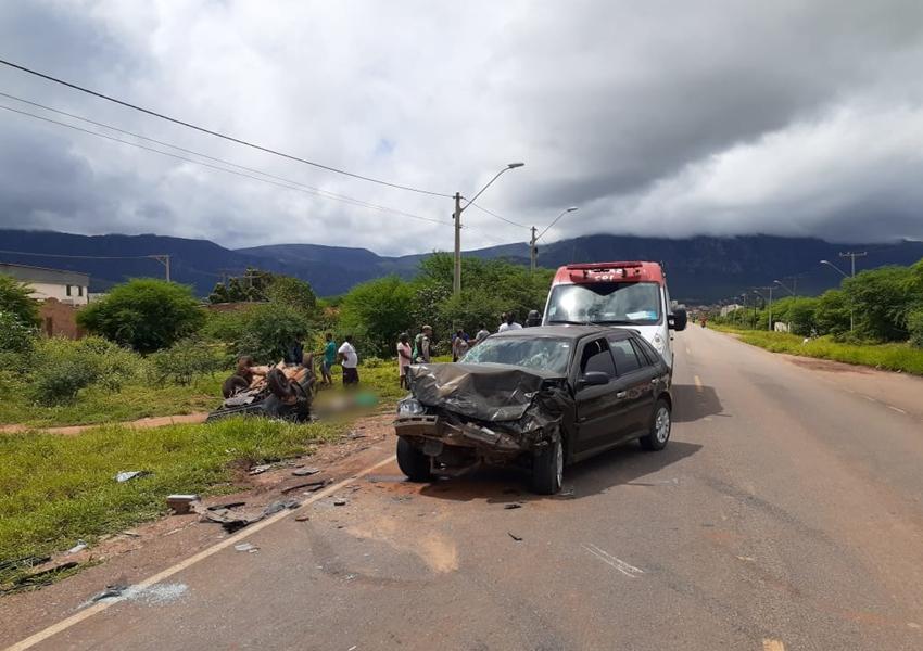 Livramento: Veículos colidem frontalmente; homem veio a óbito no local