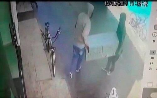 Bandidos roubam cofre de correspondente bancário em Porto Seguro