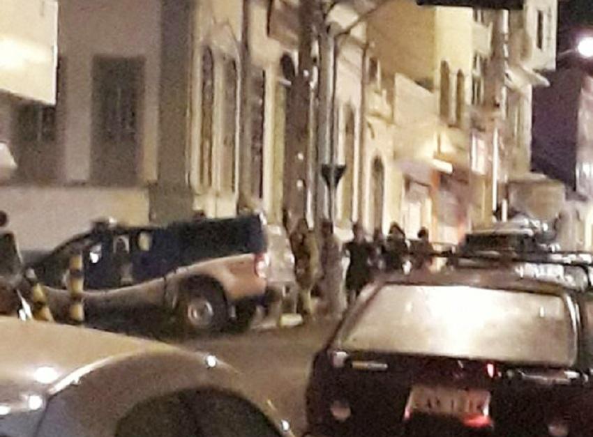 Jovem é morto a golpes de faca no centro de Brumado na madrugada deste domingo