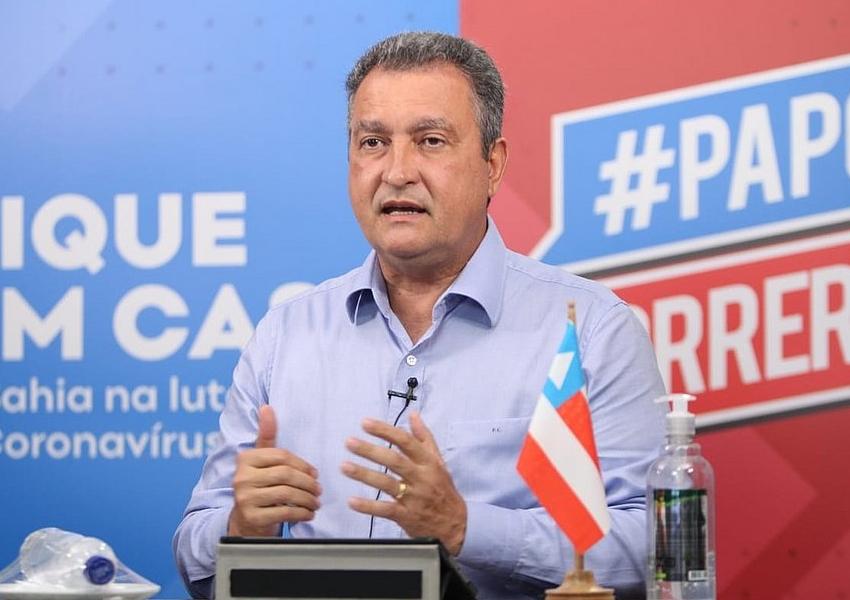 Rui Costa anuncia programa social que prevê apoio a famílias de baixa renda