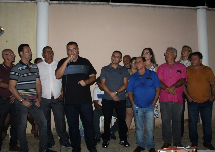 Livramento: Prefeitura entrega pavimentação da Rua Zeferino de Paula Lima no Bairro Estocada e Santa Terezinha