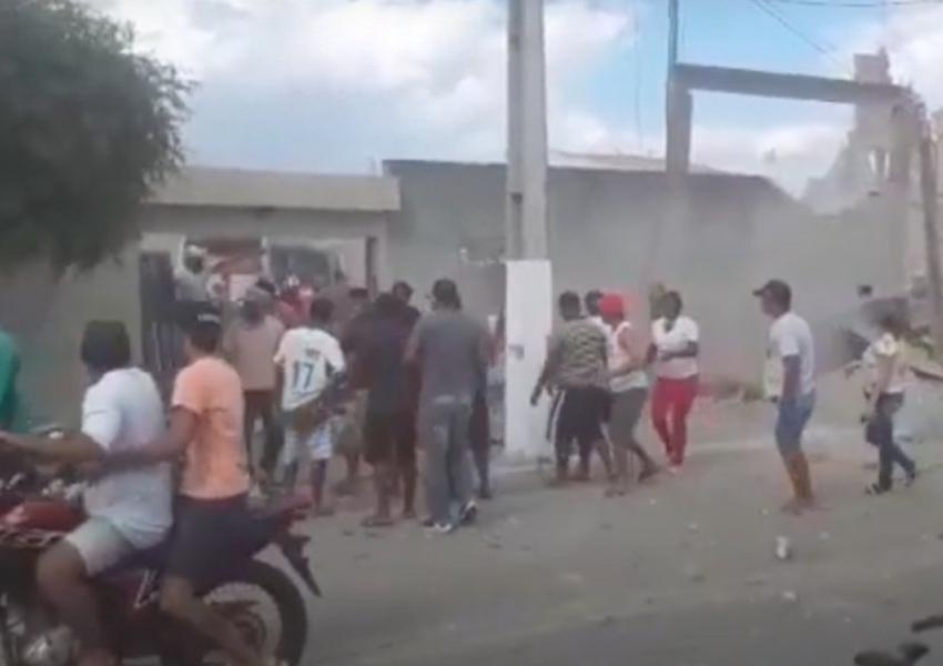 Crisópolis: Ao menos dez pessoas ficam feridas em explosão de loja de fogos