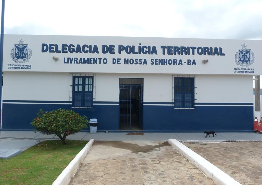 Professor é preso em Rio de Contas acusado de assediar menores de idade