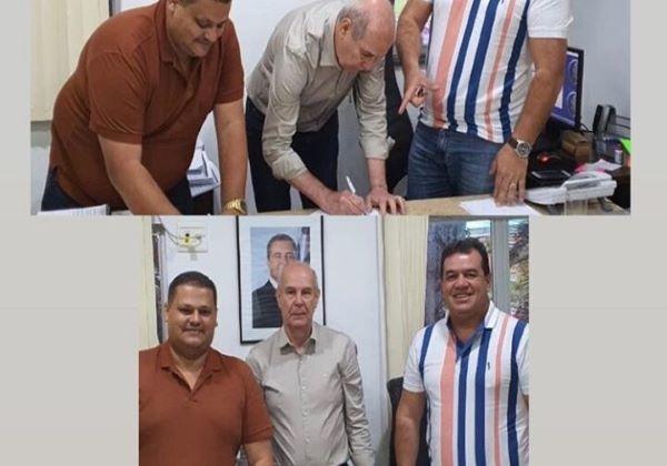 Deputado Marquinho Viana e prefeito Haroldo, de Ibicoara, conquistam sistema de água para povoado de Cerqueira