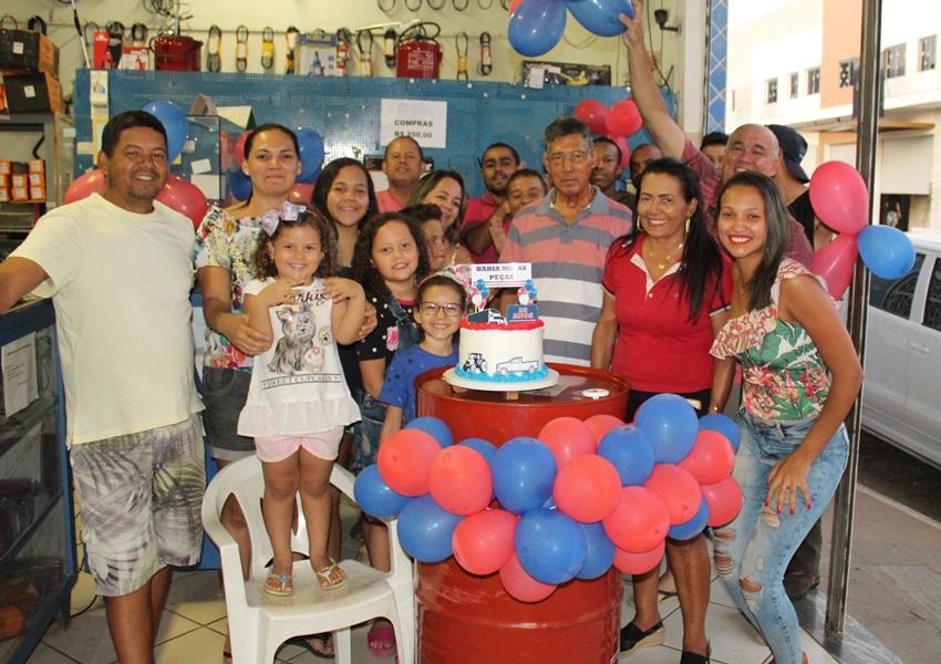 Loja Bahia Minas Peças comemorou 35 anos nesta quarta feira em grande estilo