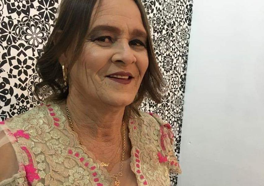 Dor e emoção: Familiares e amigos dão último adeus a Kikita do Feijão Catador