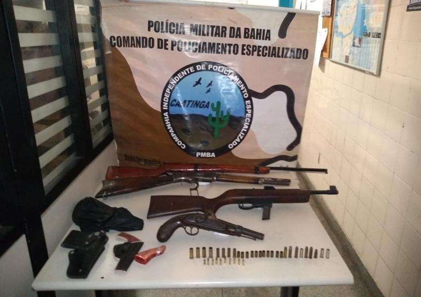 Cipe Caatinga captura bandido com armas e munições