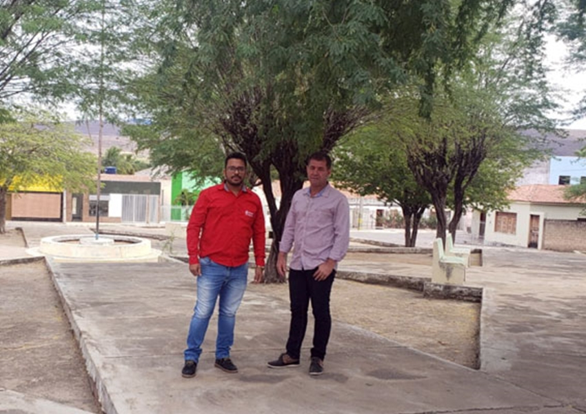 Prefeitura de Jussiape entrega ordem de serviços para Construção da Praça Dr. Procópio Pereira Alencar