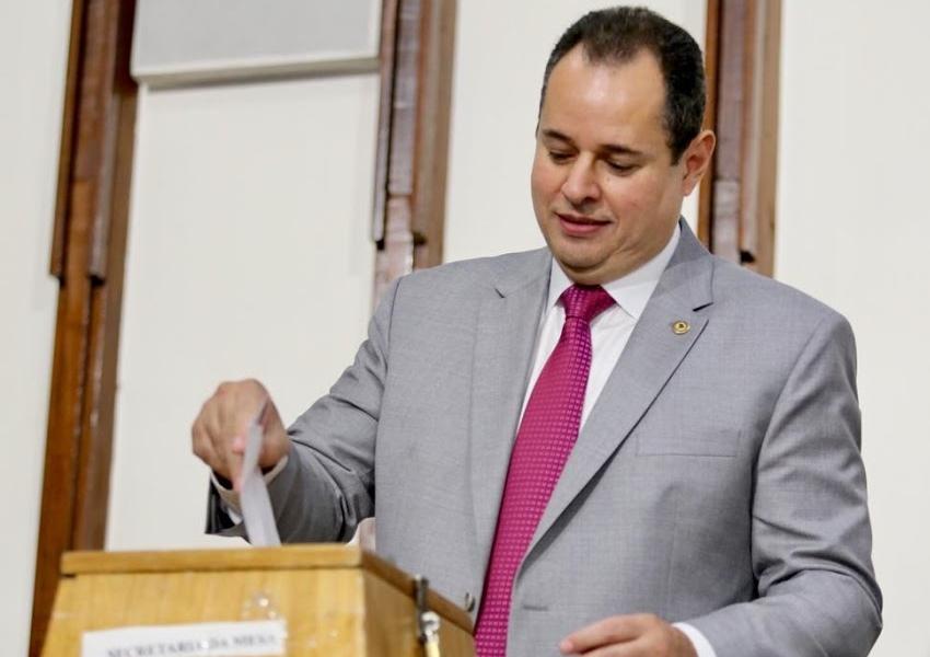 Nelson Leal é eleito presidente da Assembleia Legislativa da Bahia