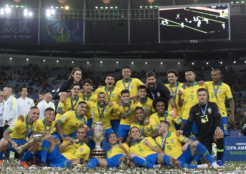 Com 462 mil mortes por Covid-19, Brasil é escolhido como sede da Copa América
