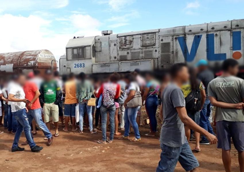 Mulher morre após ser atropelada por trem em Licínio de Almeida