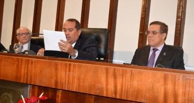Justiça suspende tramitação de projeto sobre divisão territorial após pedido da oposição