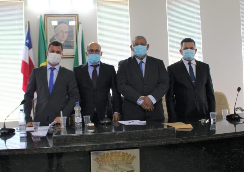 Ronilton Carneiro Alves é eleito presidente da câmara de Livramento