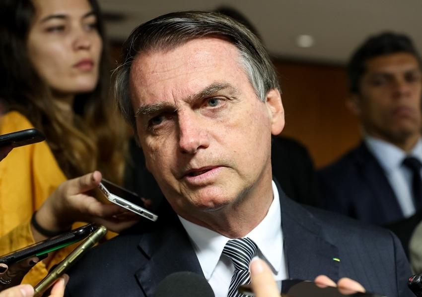 Bolsonaro assina MP para manter servidores na DPU; Bahia poderia perder 3 postos