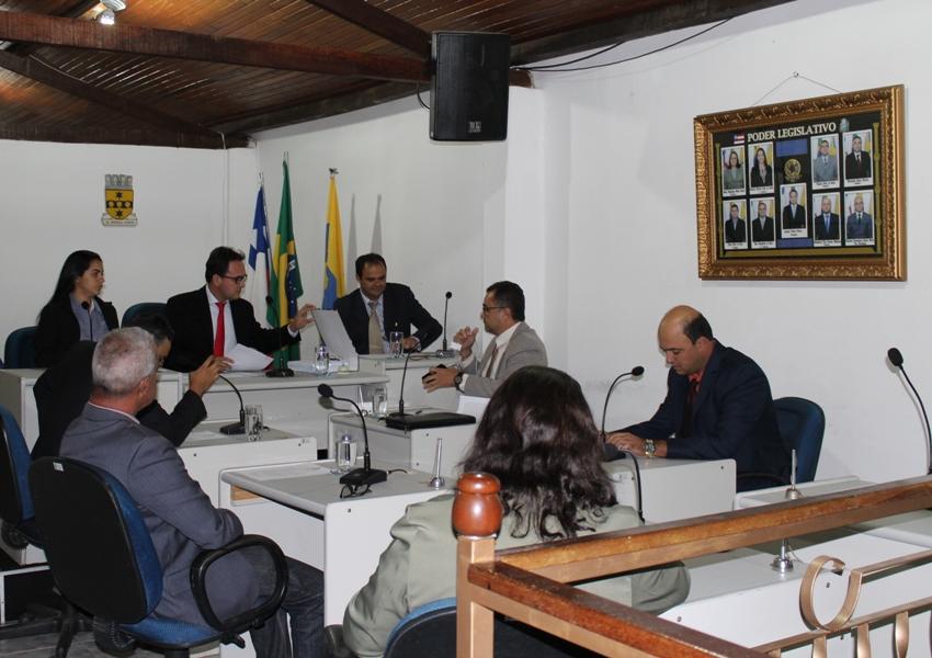 """Prefeito lamenta postura de vereadores de oposição em Rio de Contas """"Nem na situação de pandemia deixam de perseguir a gestão"""""""
