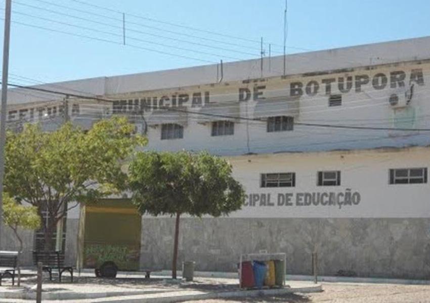 MP recomenda demissão de servidores contratados no município de Botuporã