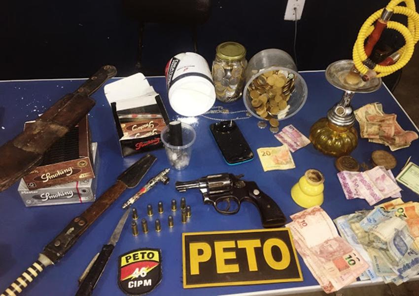 Livramento: Policia Militar apreende drogas e arma na comunidade da Barrinha